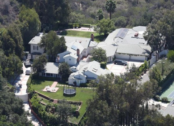 Nick Cannon House Mansion