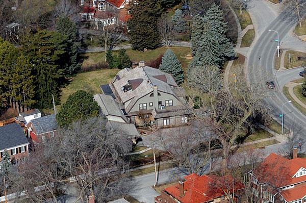 Warren Buffett House Assets